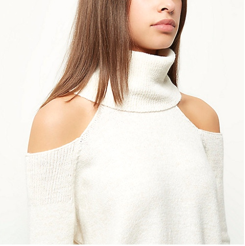 Sweater de malha com cut out nos ombros
